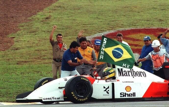 Ayrton Senna vencedor do GP de Interlagos