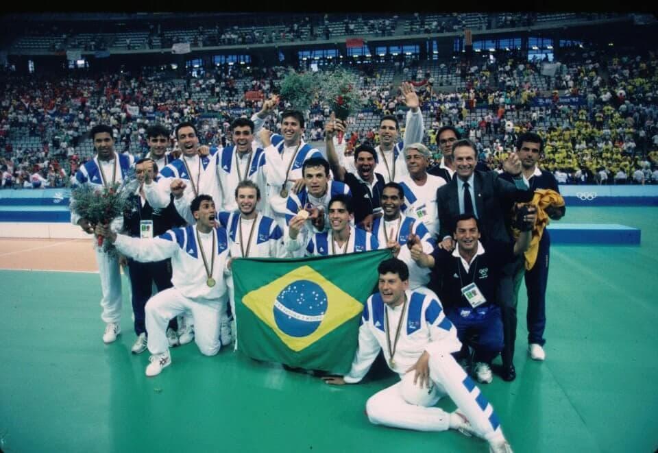 Brasil campeão olímpico de vôlei em Barcelona, em 1992