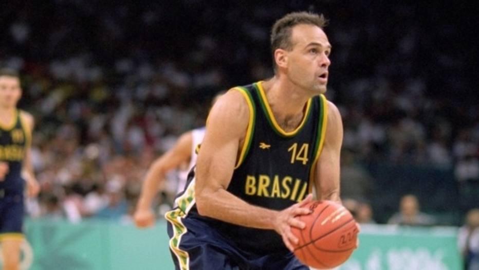 Oscar Schmidt pela Seleção Brasileira de basquete nas Olimpíadas