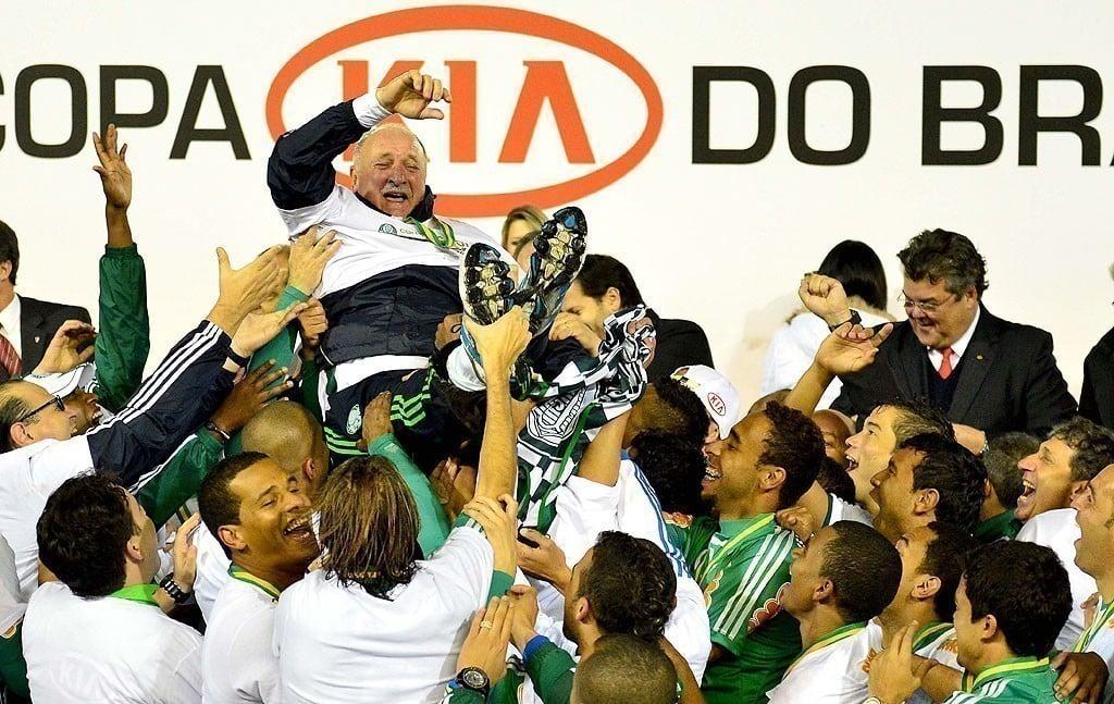 Felipão é treinador com mais títulos da Copa do Brasil