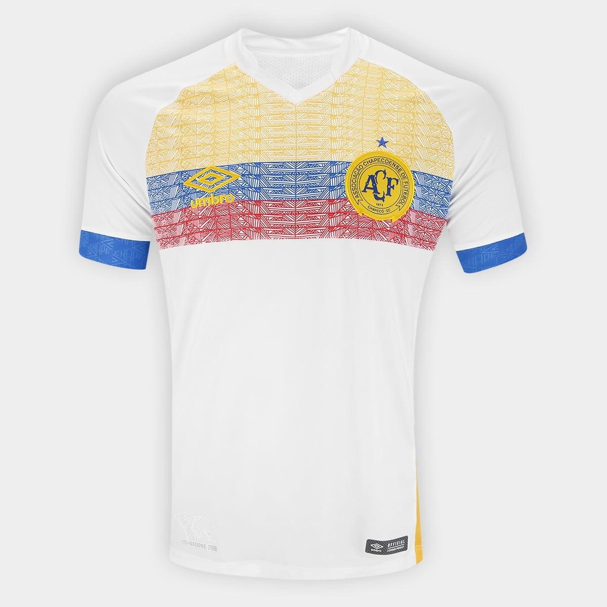 Camisa da Chapecoense em homenagem à Colômbia