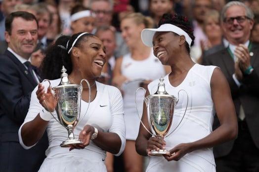 Serena e Venus Williams campeãs em Wimbledon
