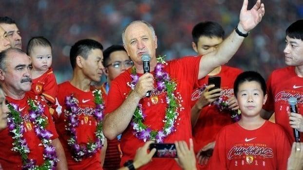 Luiz Felipe Scolari tricampeão Campeonato Chinês