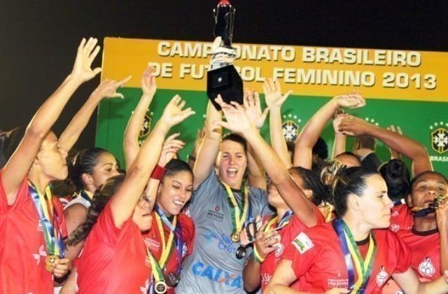 Centro Olímpico primeiro campeão do Campeonato Brasileiro Feminino