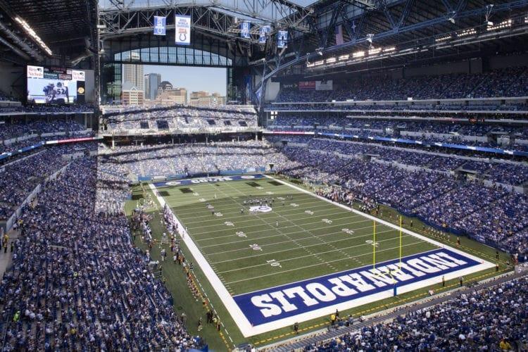 Lucas Oil Stadium é o estádio do Indianapolis Colts