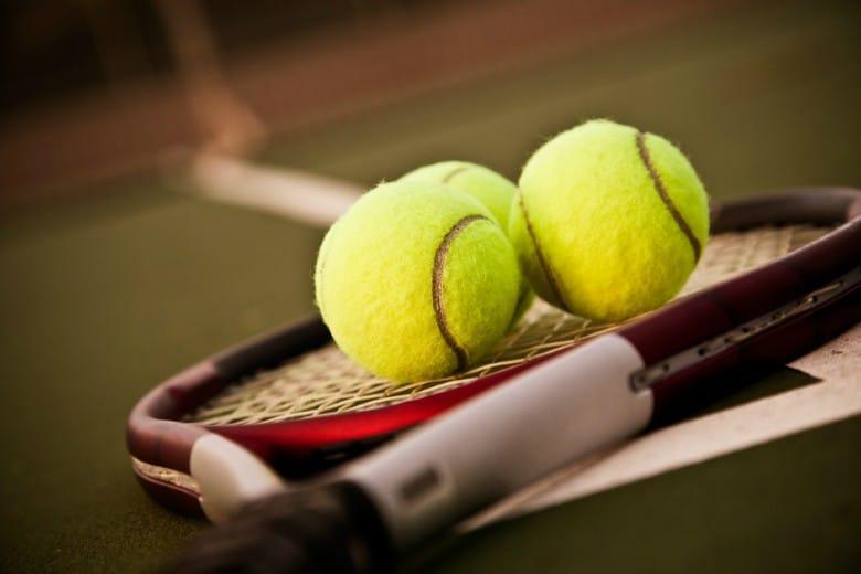Como comprar raquete de tênis