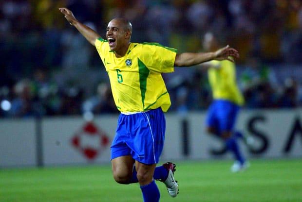 Roberto Carlos lateral-esquerdo