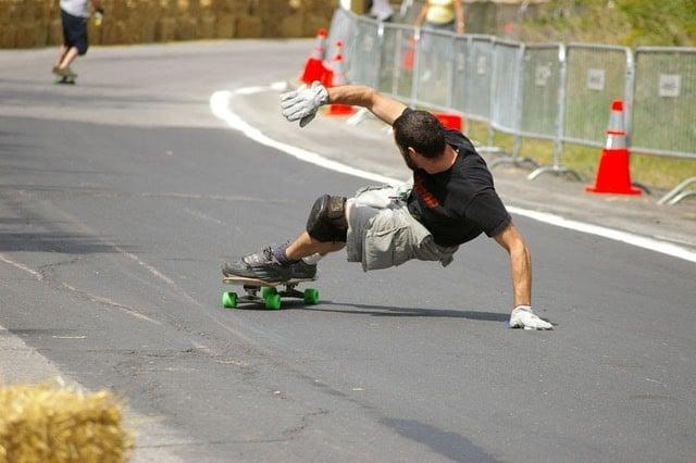 Skate Downhill slide