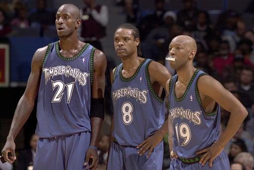 Minnessota Timberwolves, um dos times que nunca ganharam a NBA