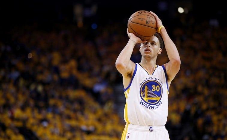 Stephen Curry como executar bom arremesso no basquete