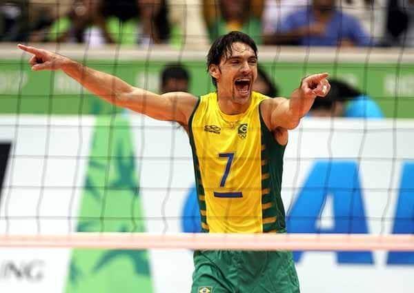 Giba conquistou três medalhas olímpicas pela Seleção Brasileira