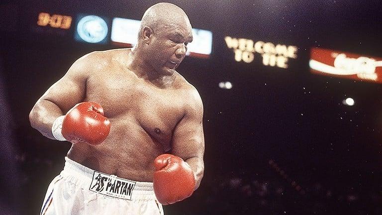 George Foreman campeão mundial dos pesos-pesados aos 45 anos