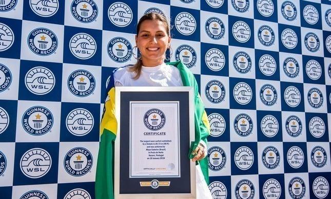 Maya Gabeira recordista mundial de ondas gigantes