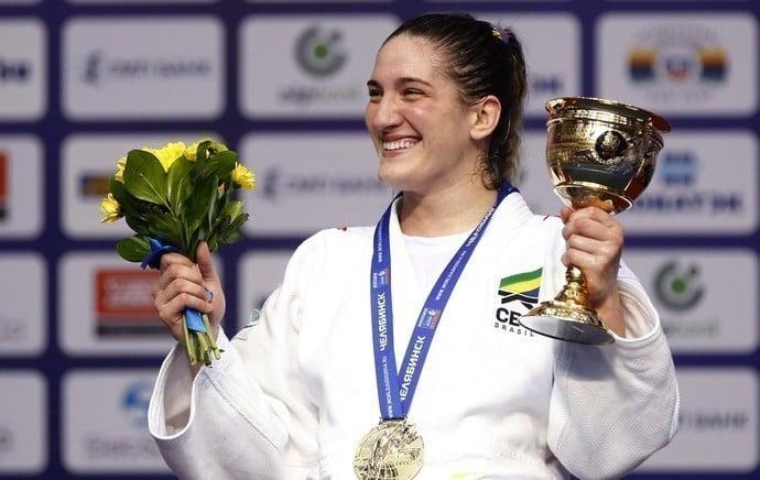 Medalhas e títulos de Mayra Aguiar