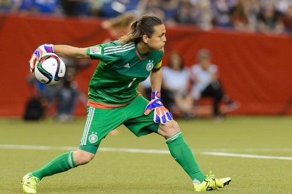 Nadine Angerer melhor goleira de futebol feminino da história