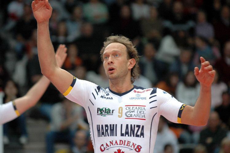 Lorenzo Bernardi está na lista que aponta o melhor jogador do mundo de vôlei na história