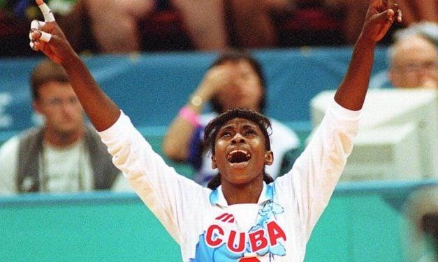 Mireya Luis melhor jogadora de vôlei do mundo na história