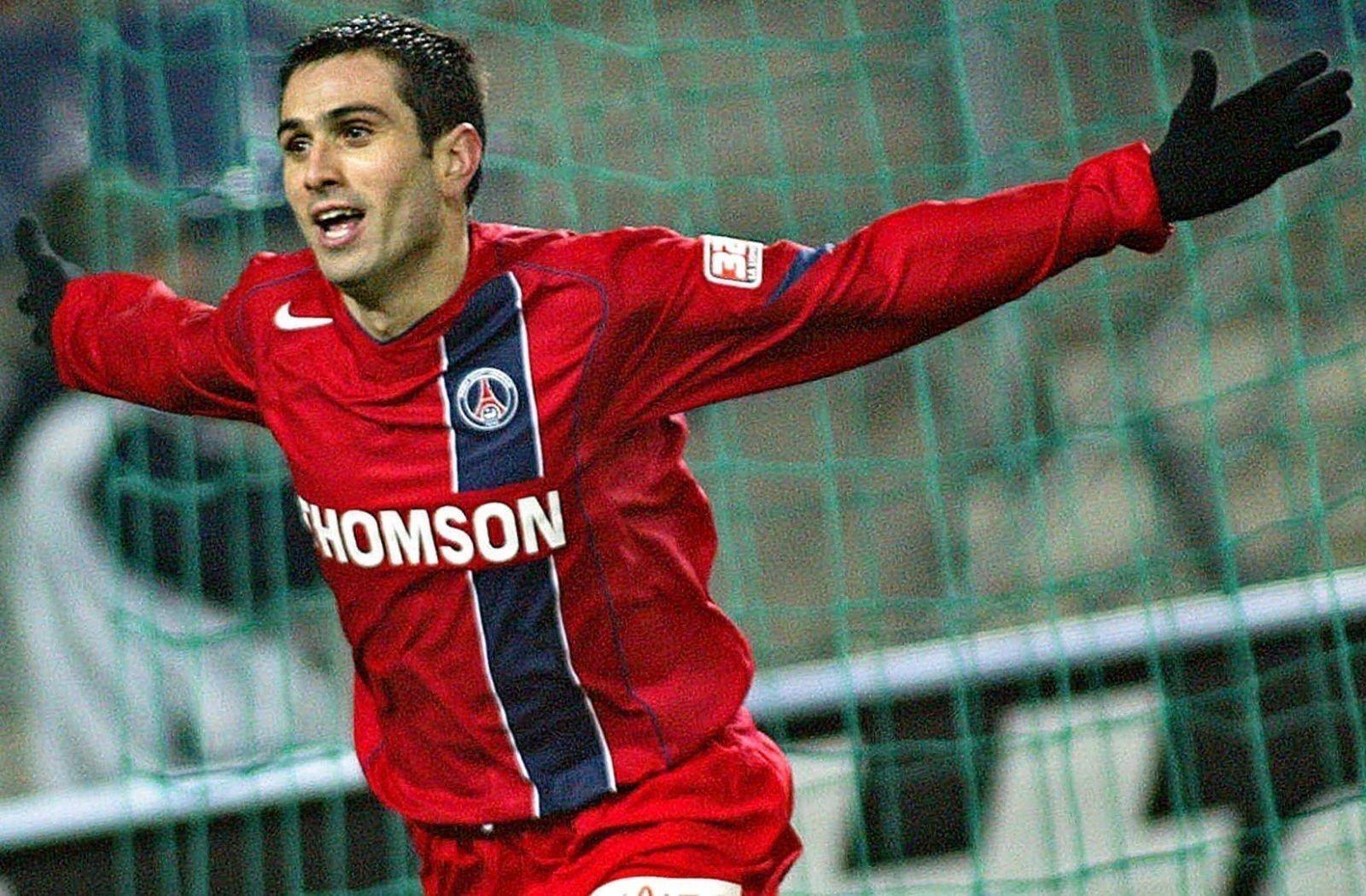 Camisa vermelha do PSG 2004