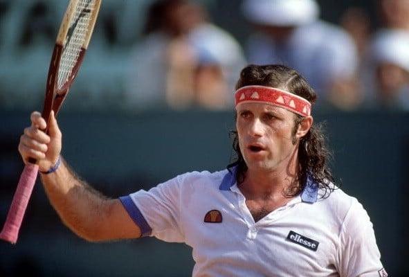 Guillermo Vilas conquistou 16 títulos na temporada 1977
