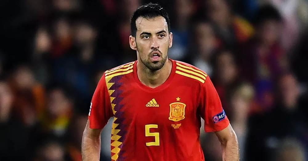 Sergio Busquets melhores jogadores de meio-campo da Espanha na história
