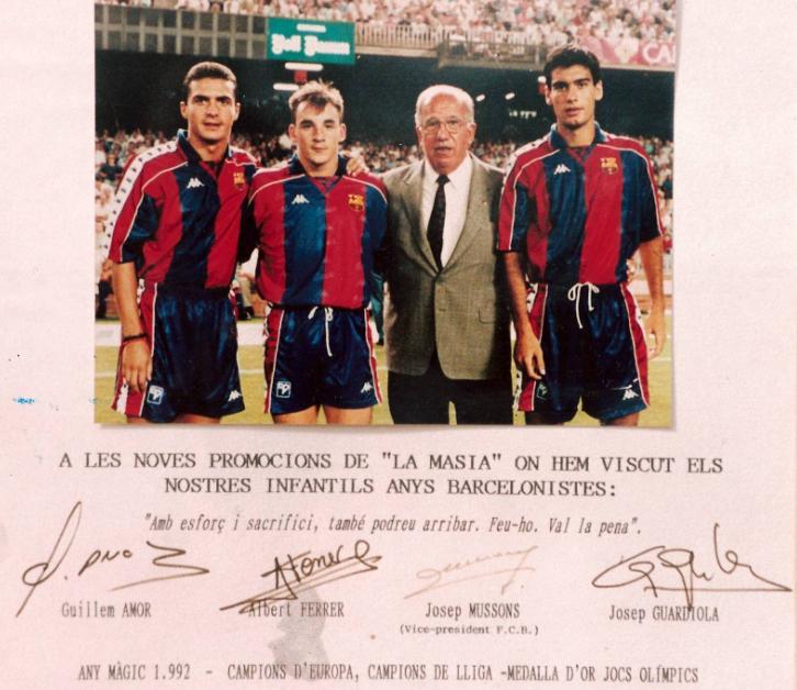 Jogadres Amor, Ferrer e Guardiola em seu primeiro jogo como profissionais do Barcelona