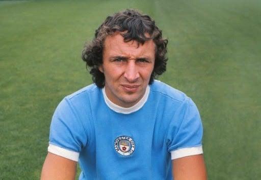 Mike Summerbee maiores jogadores do Manchester City