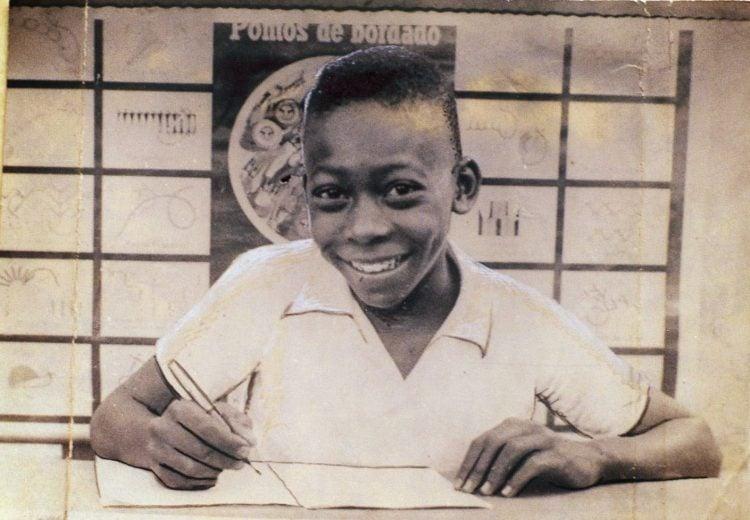 Foto de Pelé na escola em Bauru, São Paulo