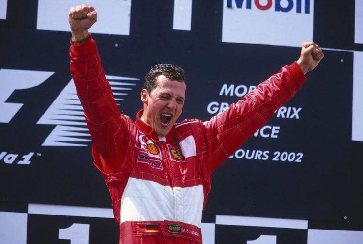 Foto de Schumacher comemorando vitória