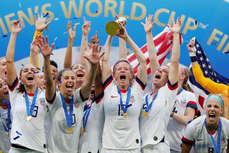 Foto da comemoração dos EUA pelo título da Copa do Mundo de 2019