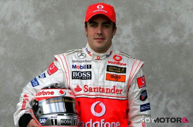 Alonso na apresentação da McLaren