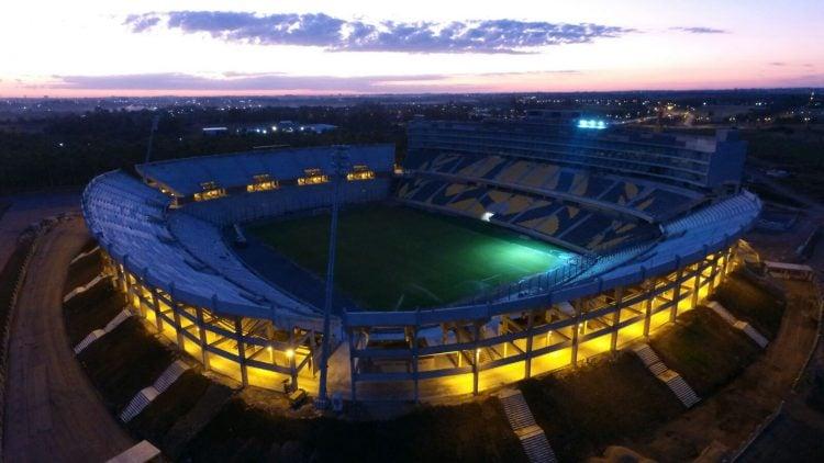 Imagem do estádio Campéon del Siglo, em Motevidéu