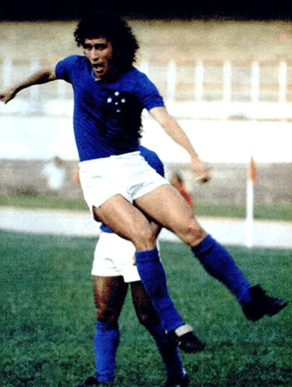 Nelinho, ídolo do Cruzeiro