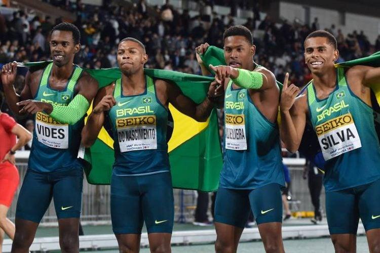 Equipe brasileira campeã mundial do revezamento 4x100