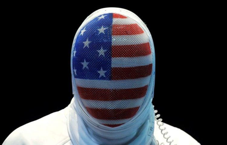 A máscara é um mais icônicos equipamentos da esgrima