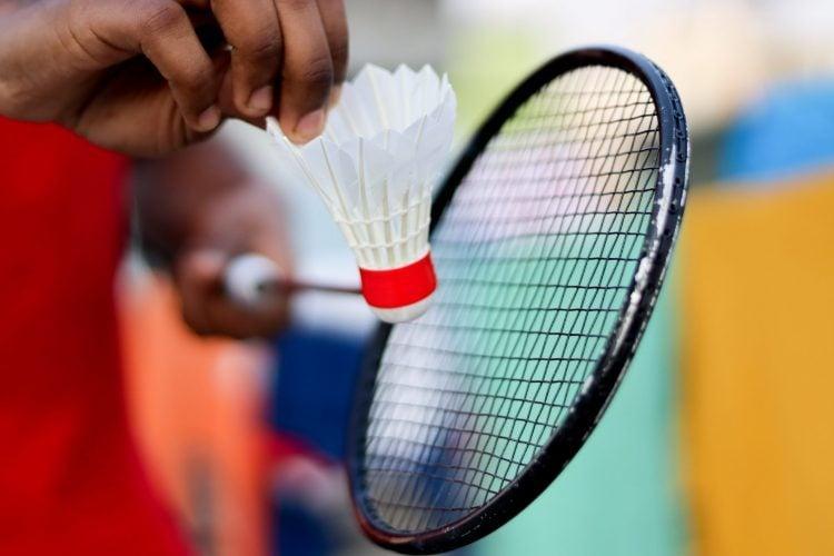 A raquete é um dos principais equipamentos do badminton