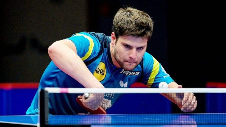 Dimitrij Ovtcharov compete para ser o melhor jogaodor de tênis de mesa do mundo